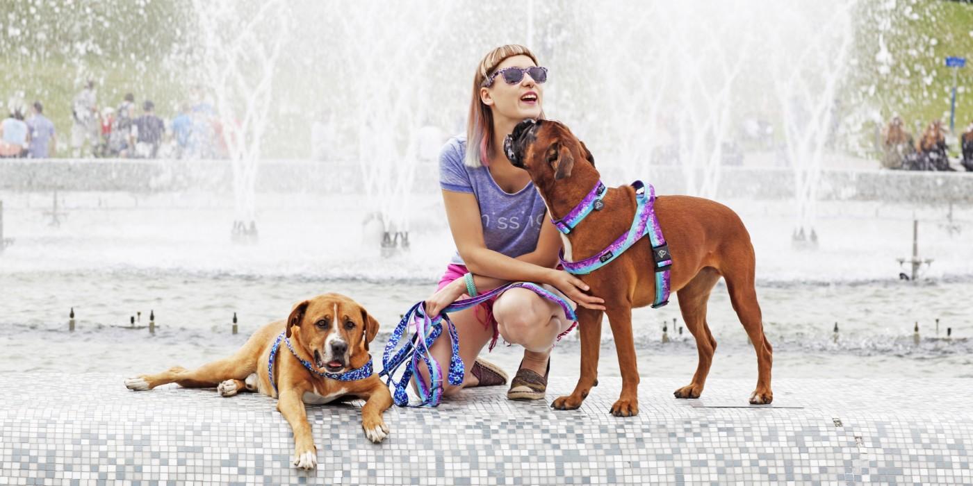 Zofia Kawiatkowska wC582aC59Bcicielka marki Warsaw Dog z MillC485 i Bonzem