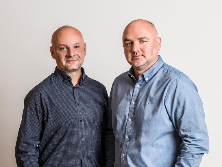 Od lewej Piotr Melnyczuk – Dyrektor sprzedazy w Polsce oraz Michal Scibiorek – Dyrektor zarzadzajacy Zolux Polska Sp. Z o